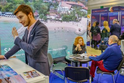Moscow's Premier International Real Estate Show MPIRES 2019 / άνοιξη. φωτογραφία 10