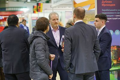 Moscow's Premier International Real Estate Show MPIRES 2019 / άνοιξη. φωτογραφία 41